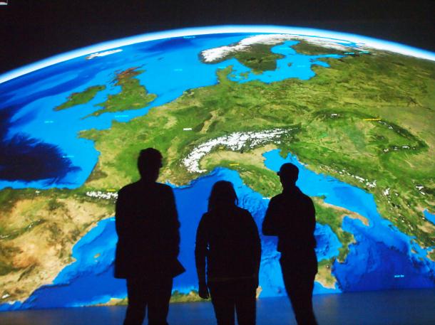 Nachhaltigkeit: Wie lässt sich die Erde bewahren? (Quelle: Ars Electronica Center/ CC BY-NC-ND 2.0)